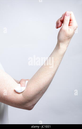 how to take blood sample from arm