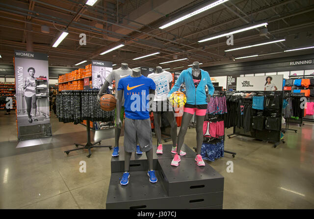 Nike Store Tanger Outlet Long Island