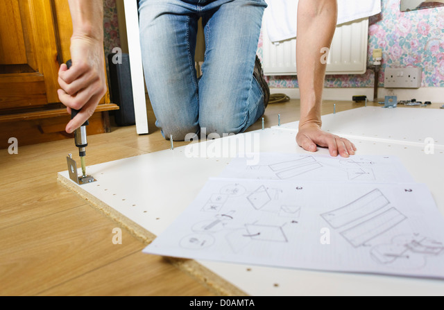 Flatpack instructions stock photos flatpack instructions stock images alamy - Diy tips assembling flat pack furniture ...