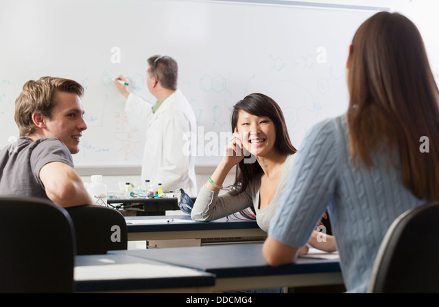 talking in class essay Talking during class distracts other and shows no respect towards the teacher a  class is about 40 minutes long, when one student talks the teacher has to stop.