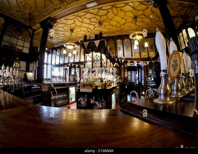 The Bar Of The Philharmonic Dining Rooms Pub In Liverpool   Stock Image. Liverpool Pub Stock Photos   Liverpool Pub Stock Images   Alamy