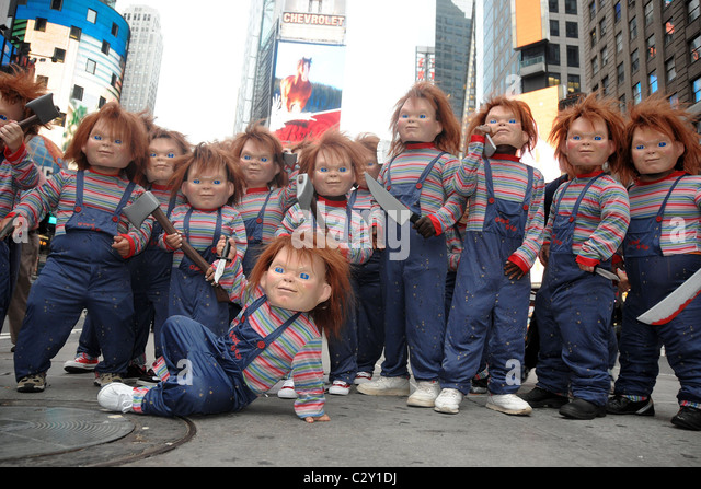 Chucky times square midget