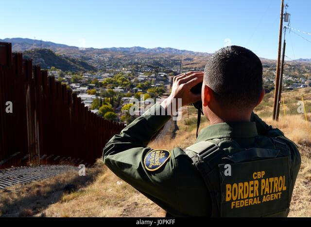 U S Customs Border Protection Officers Stock Photos Amp U S