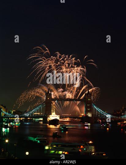 bridge gb night london - photo #32