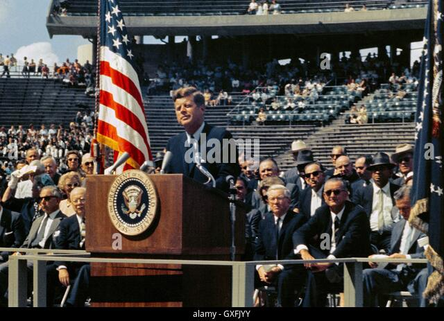 president john f kennedy stock photos president john f kennedy u s president john f kennedy delivers his famous speech on space exploration and the nations