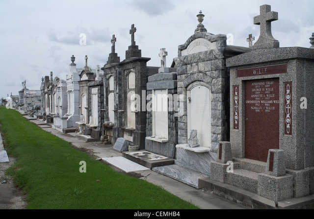 Greenwood Cemetery New Orleans Stock Photos & Greenwood ...