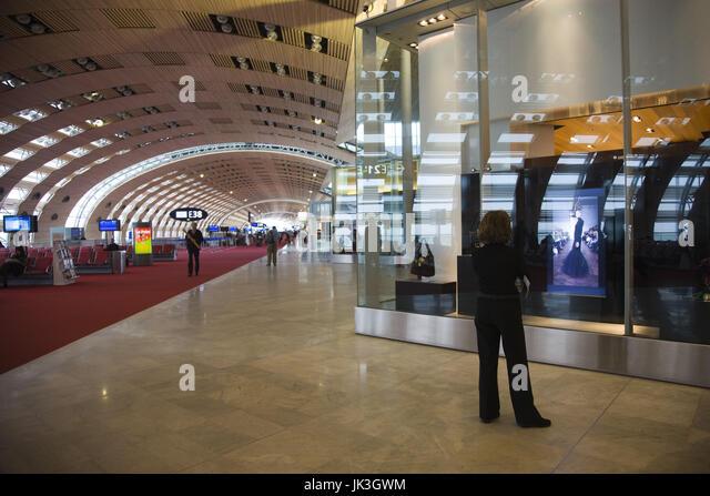 Charles de gaulle airport stock photos charles de gaulle for Salon air france terminal 2e