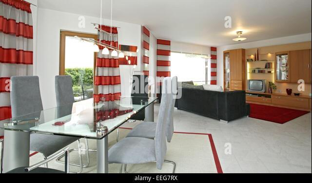 Wohnzimmer Esszimmer Wohnen Innenaufnahme Inneneinrichtung Wohnung Wohnraum Einrichtung Moebel Mobiliar Modern Interieur