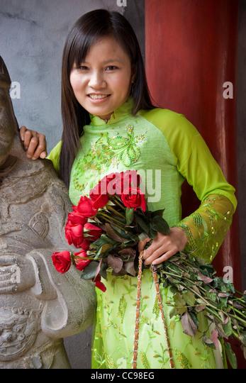 Vietnam stock market ma2n0211 nguyen hu
