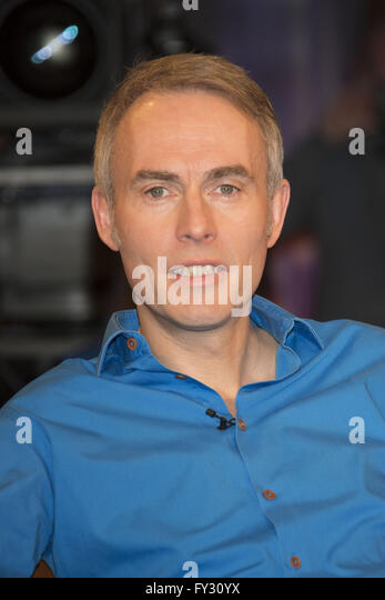 Ndr studio stock photos ndr studio stock images alamy for Moderatoren ndr talkshow
