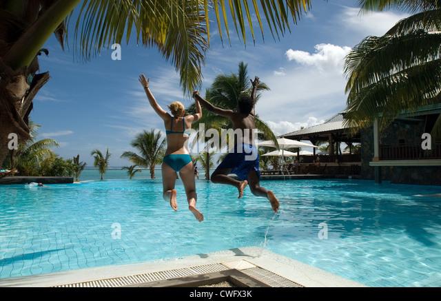 Shandrani stock photos shandrani stock images alamy for Swimming pool mauritius