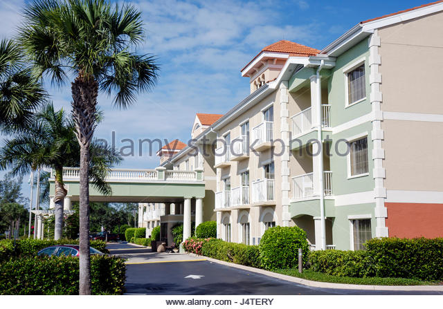 Motel chain stock photos motel chain stock images alamy for What hotel chains does hilton own