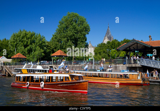 Motorboats Stock Photos & Motorboats Stock Images