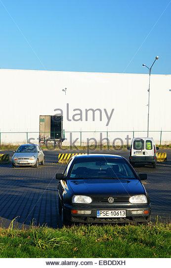 Car Warehouse Stock Photos Amp Car Warehouse Stock Images Alamy