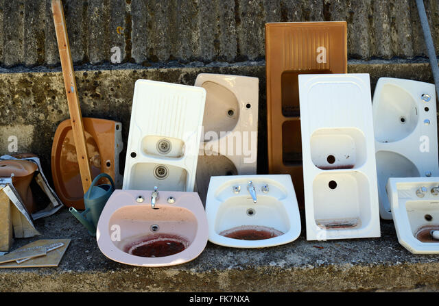 Sink units stock photos sink units stock images alamy for Recycled bathroom sinks
