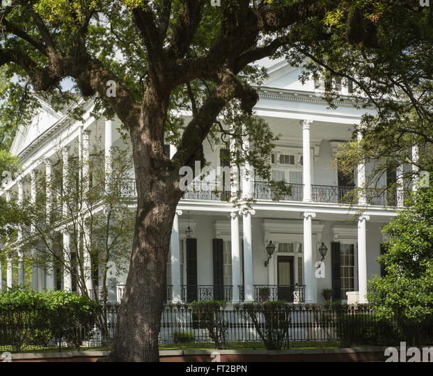 New Orleans Garden District Stock Photos New Orleans Garden District Stock Images Alamy