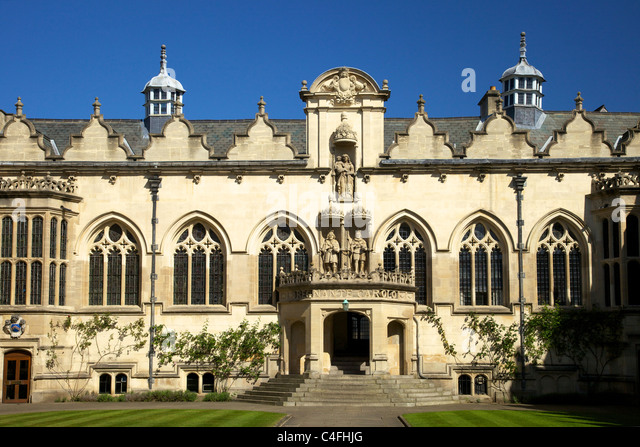 Front Foyer University : Buildings of oxford university stock photos