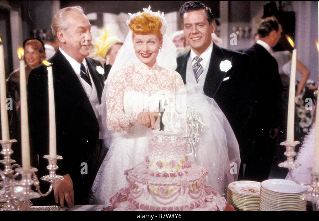 lucille-ball-desi-arnaz-directed-by-vincente-minnelli-b7w8y6