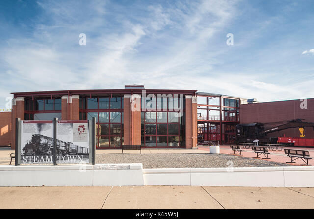Steamtown stock photos steamtown stock images alamy for Kb motors reading pa