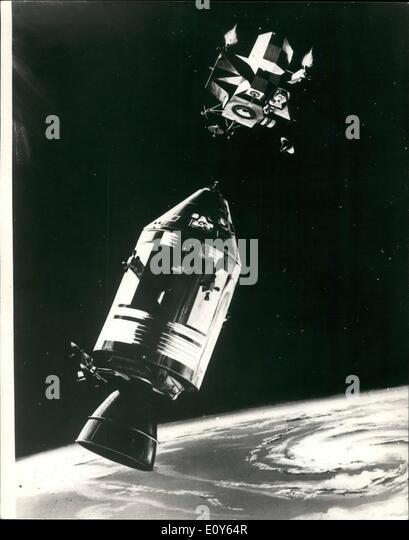 apollo space flight crews - photo #33
