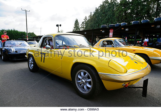 richard shimmin lotus elan s4 at shelsley walsh hillclimb worcester england uk