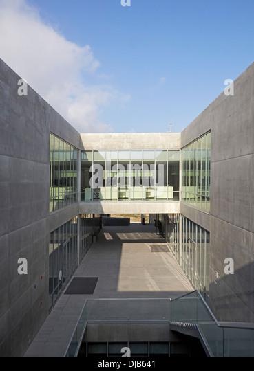 Udem centro stock photos udem centro stock images alamy for Arquitectura y diseno monterrey