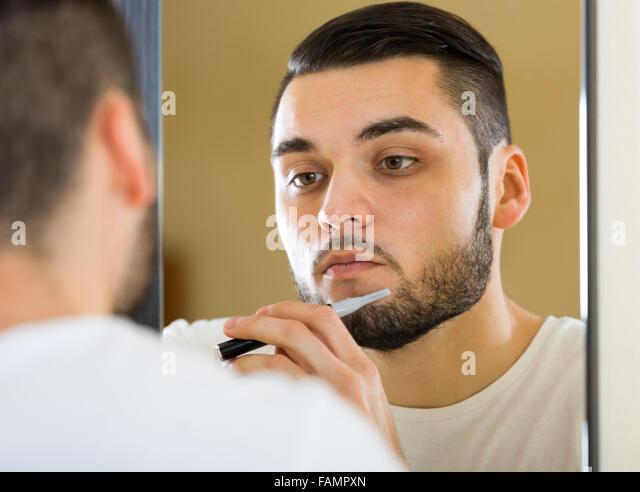 beard trimmer stock photos beard trimmer stock images alamy. Black Bedroom Furniture Sets. Home Design Ideas