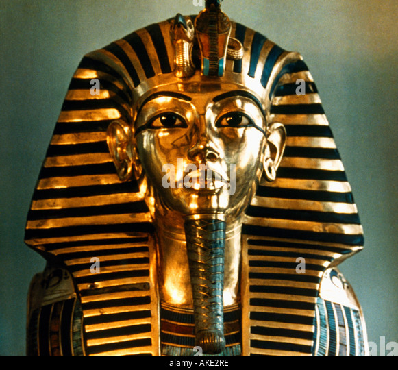 an analysis of the burial mask of tutankhamun This image depicts the death mask of king tut beyond its beauty, what does it  mean how was it worn let's start with its composition.