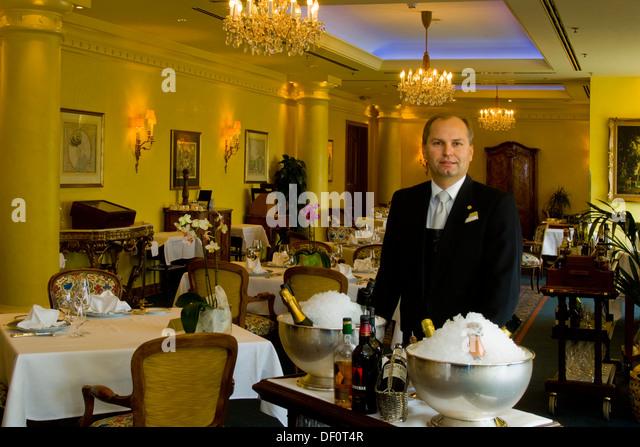 französische stock photos & französische stock images - alamy - Ciel De Paris Franzosische Restaurant
