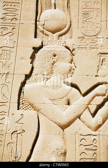 depictions of cleopatra For nearly 2,000 years cleopatra has been the passion of artists and a  fascinating  however, what combines them all as depictions of cleopatra vii  are the.