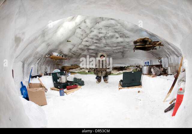 Inuit igloo home stock photos inuit igloo home stock for Interieur igloo