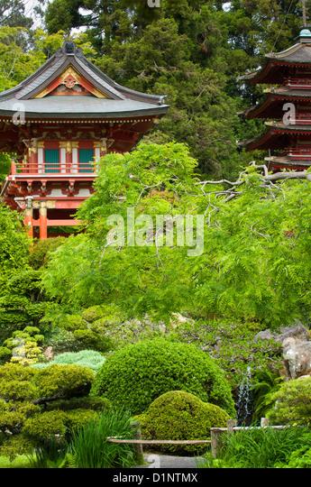 Pagoda Garden Stock Photos Pagoda Garden Stock Images Alamy
