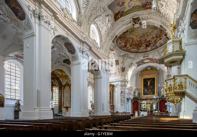 Baroque interior church st george stock photos baroque for Interieur baroque