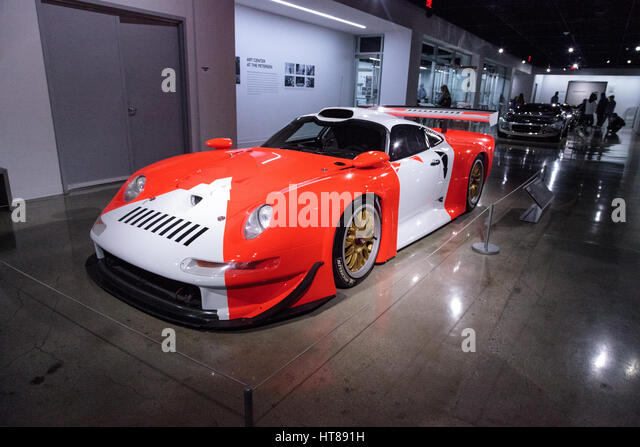 porsche 911 gt1 stock photos porsche 911 gt1 stock images alamy. Black Bedroom Furniture Sets. Home Design Ideas