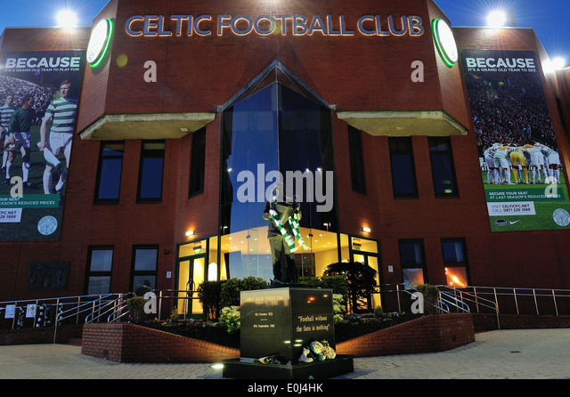 Celtic Park Main Entrance With Jock Stein Statue Wearing A Scarf
