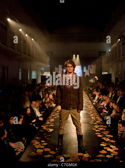 Fashion Show Runway Audience Empty Catwalk With Aud...