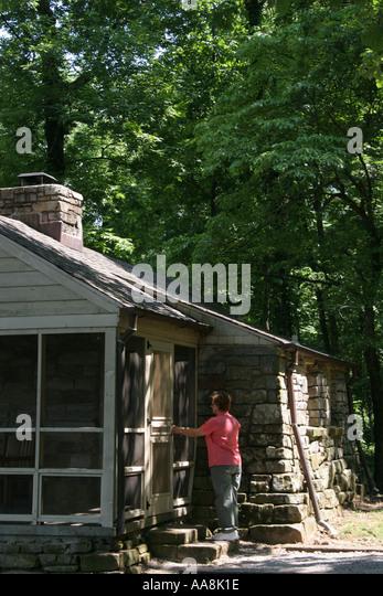 Huntsville Alabama Monte Sano State Park Rental Cabin Porch Family Cottage    Stock Image