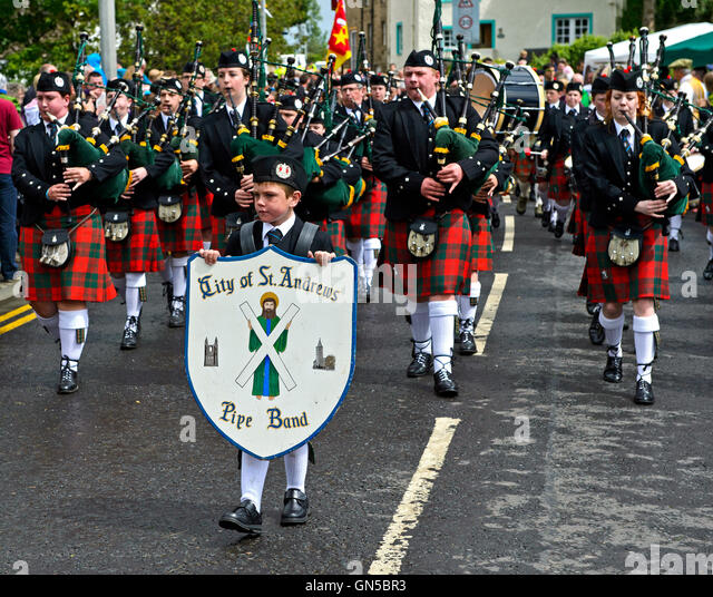 Scottish Bands: Pipe Band Stock Photos & Pipe Band Stock Images