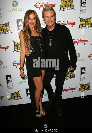 who is aj celi dating Married to rock is an american reality documentary television series on e that debuted november 7, 2010 aj celi — girlfriend of billy duffy.