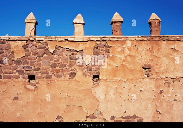 Crumbling berber architecture kasbah telouet stock photos for Outer wall design architecture