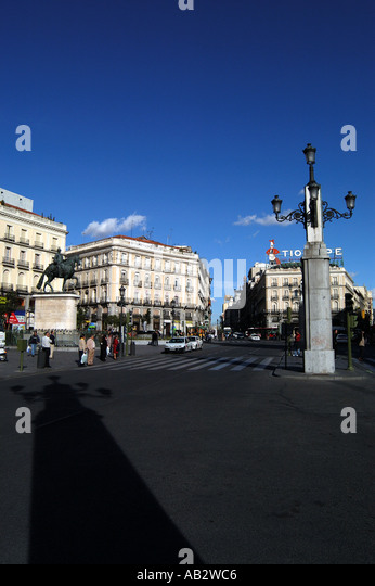 La puerta del sol stock photos la puerta del sol stock for Plaza del sol madrid