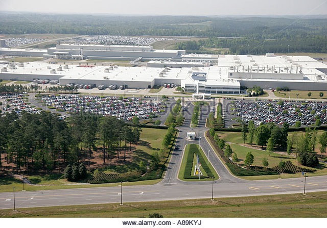 Suv manufacturing plant stock photos suv manufacturing for Mercedes benz in vance al