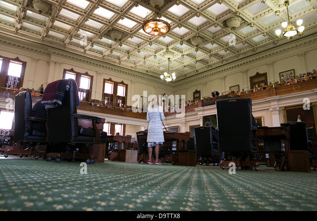 how to end a filibuster in the texas senate