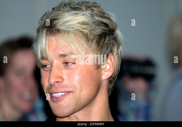 mitch hewer orientation