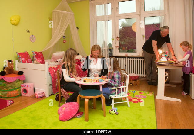 kinderzimmer stock photos kinderzimmer stock images alamy. Black Bedroom Furniture Sets. Home Design Ideas