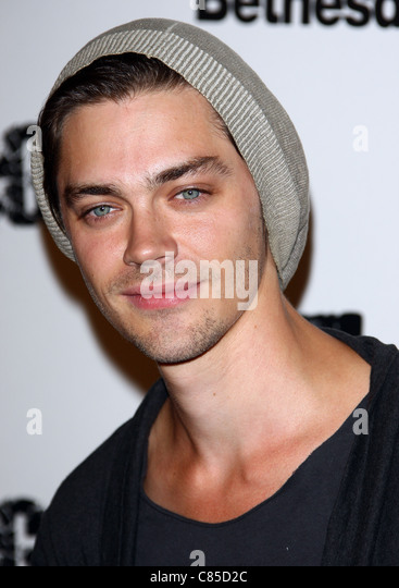 tom payne dating game Find the best xbox 360 shooter games on tom clancy's rainbow six max payne 3 is the third installment in rockstar games max payne series and is set eight.