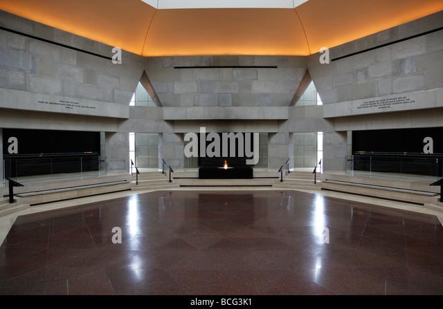 Foyer Museum Washington Dc : Hall of remembrance stock photos