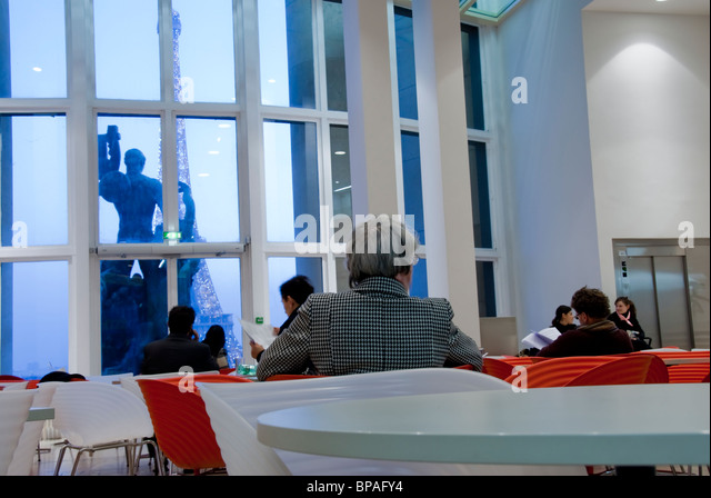 cafe trocadero stock photos cafe trocadero stock images alamy. Black Bedroom Furniture Sets. Home Design Ideas
