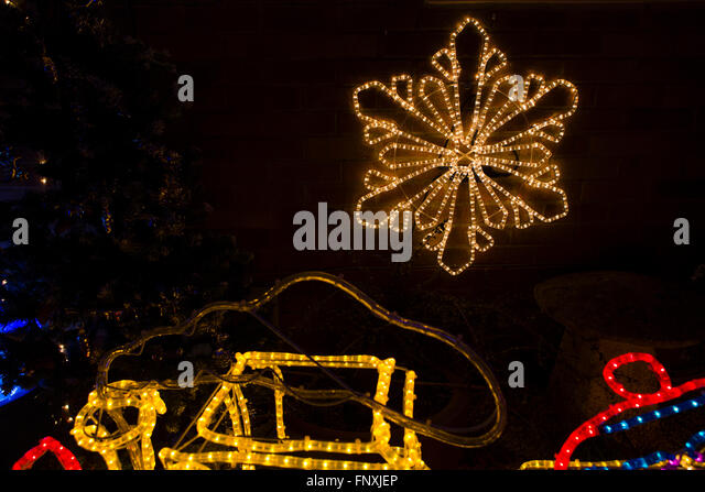 Christmas Lights House Exterior Uk Stock Pos