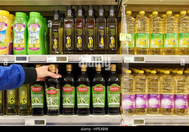 Carrefour aisle stock photos carrefour aisle stock images alamy for Comelectromenager carrefour belgique